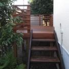 階段下より。