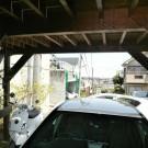 before:駐車場からの道路側