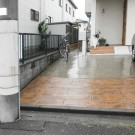 before:道路より玄関前