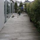 before:デッキ奥から玄関側を見る。