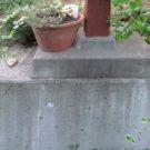 before:バルコニーの柱脚