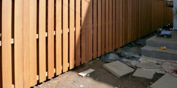 フェンス完成時