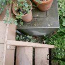 before:壊れたパーゴラの柱脚