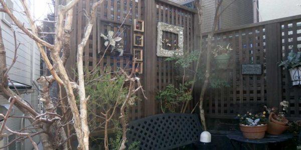 庭のコーナーフェンス