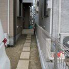 before:玄関方向を見る