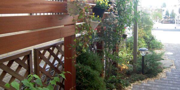 庭の目隠しフェンス